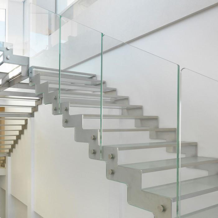 Escalier à volée Fascia / Fulmine 090 marche verre